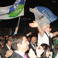 Foto Nicoloro G.  06/11/2010 Bastia Umbra  (Perugia)  Prima Convention di Futuro e Liberta' – Manifesto per l' Italia. nella foto L'esultanza al discorso di Fini