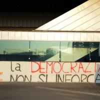 Foto Nicoloro G. 15/12/2013 Milano Prima Assemblea Nazionale del PD dopo le elezioni di Matteo Renzi a segretario. nella foto Uno striscione