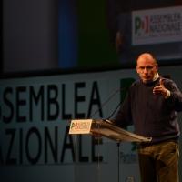 Foto Nicoloro G. 15/12/2013 Milano Prima Assemblea Nazionale del PD dopo le elezioni di Matteo Renzi a segretario. nella foto Enrico Letta