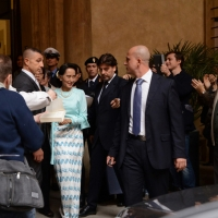 Foto Nicoloro G. 30/10/2013 Bologna Il leader dell' opposizione birmana Aung San Suu Kyi ospite della città di Bologna per ricevere la cittadinanza onoraria in Comune e la laurea honoris causa in Università. nella foto Aung San Suu Kyi