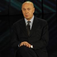 """Foto Nicoloro G. 10/12/2012 Milano Trasmissione televisiva su Rai3 """" Che tempo che fa """" condotta da Fabio Fazio. nella foto Paolo Mieli"""