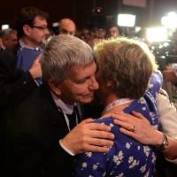 Foto Nicoloro G. 06/05/2014  Rimini   Si è aperto ufficialmente il 17° Congresso della CGIL. nella foto l' abbraccio tra Nichi Vendola e Susanna Camusso.