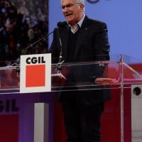 Foto Nicoloro G. 06/05/2014  Rimini   Si è aperto ufficialmente il 17° Congresso della CGIL. nella foto il segretario generale CISL Raffaele Bonanni.