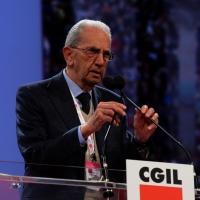 Foto Nicoloro G. 06/05/2014  Rimini   Si è aperto ufficialmente il 17° Congresso della CGIL. nella foto il presidente ANPI Carlo Smuraglia.
