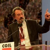 Foto Nicoloro G.  07/05/2014  Rimini     Seconda giornata del 17° Congresso della CGIL. nella foto Giorgio Cremaschi altro intervento critico.