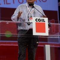 Foto Nicoloro G.  08/05/2014  Rimini  Terza e conclusiva giornata del 17° Congresso della CGIL. nella foto il sindacalista Gianni Rinaldini durante il suo intervento critico.