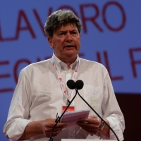 Foto Nicoloro G.  08/05/2014  Rimini  Terza e conclusiva giornata del 17° Congresso della CGIL. nella foto Massimo Cestaro segretario generale Slc CGIL.