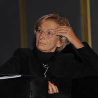 """Foto Nicoloro G. 16/11/2012 Milano Quarta Conferenza Mondiale """" Science for Peace """" in cui si analizzano le cause all' origine di conflitti e le soluzioni che la Scienza offre per la prevenzione e la risoluzione. In questa edizione esperti internazionali parlano di pena di morte ed ergastolo, accesso alle risorse e coesione sociale. nella foto Emma Bonino"""