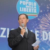 Foto Nicoloro G.  27/09/2010 Milano  Seconda Festa Nazionale della Liberta' organizzata dal PdL al Castello Sforzesco. nella foto Mario Mantovani