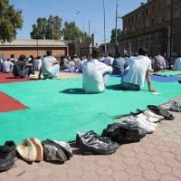 Foto Nicoloro G.  10/09/2010  Milano Primo venerdì di preghiera per la comunità islamica dopo la fine del Ramadan. nella foto Le calzature che è obbligatorio togliere prima di calpestare il tappeto della preghiera