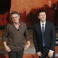 """Foto Nicoloro G. 29/01/2012 Milano Trasmissione televisiva su Rai3 """" Che tempo che fa """" condotta da Fabio Fazio. nella foto Daniel Pennac – Fabio Fazio"""