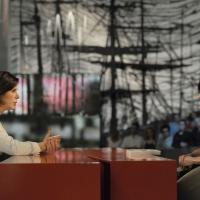"""Foto Nicoloro G. 08/04/2011 Milano Trasmissione televisiva su La7 """" Invasioni barbariche """" condotta da Daria Bignardi. nella foto Bianca Berlinguer – Daria Bignardi"""