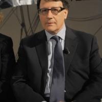 """Foto Nicoloro G. 08/04/2011 Milano Trasmissione televisiva su La7 """" Invasioni barbariche """" condotta da Daria Bignardi. nella foto Leonardo Coen"""