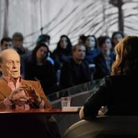 """Foto Nicoloro G. 10/12/2010 Milano, Puntata della trasmissione """" Invasioni barbariche """"  su La7 e condotta da Daria Bignardi. nella foto Giorgio Bocca – Daria Bignardi"""