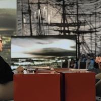 """Foto Nicoloro G. 12/11/2010 Milano, Trasmissione televisiva """"Le Invasioni barbariche"""" in programmazione su La7 e condotta da Daria Bignardi. nella foto Vittorio Sgarbi – Daria Bignardi"""