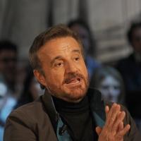 """Foto Nicoloro G. 18/03/2011 Milano Trasmissione televisiva su La7 """" Invasioni barbariche """" condotta da Daria Bignardi. nella foto Christian De Sica"""