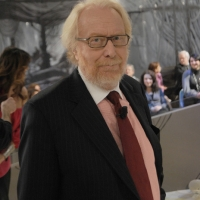 """Foto Nicoloro G. 21/01/2011 Milano Trasmissione televisiva su La7 """" Invasioni barbariche """" condotta da Daria Bignardi. nella foto Paolo Guzzanti"""