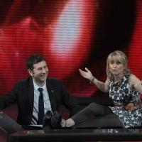 """Foto Nicoloro G. 10/04/2011 Milano Trasmissione televisiva su Rai3 """" Che tempo che fa """" condotta da Fabio Fazio. nella foto Fabio Fazio – Luciana Littizzetto"""
