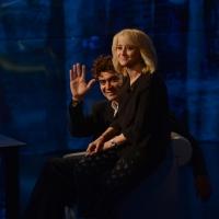 Foto Nicoloro G.   18/10/2015    Milano   Trasmissione televisiva su Rai 3 ' Che tempo che fa '. nella foto gli attori Riccardo Scamarcio e Luciana Littizzetto.