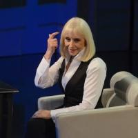 """Foto Nicoloro G. 20/04/2013 Milano Trasmissione televisiva su Rai3 """" Che tempo che fa """" condotta da Fabio Fazio. nella foto Raffaella Carrà"""