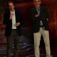 """Foto Nicoloro G.   21/02/2015   Milano    Trasmissione televisiva su Rai 3 """" Che fuori tempo che f a """". nella foto da sinistra i due critici musicali Ernesto Assante e Gino Castaldo."""