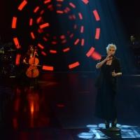 """Foto Nicoloro G.   22/02/2015   Milano   Trasmissione televisiva su Rai 3 """" Che tempo che fa"""". nella foto la cantante Malika Ayane con la sua band."""