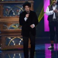 """Foto Nicoloro G. 24/02/2013 Milano Trasmissione televisiva su Rai3 """" Che tempo che fa """" condotta da Fabio Fazio. nella foto Max Gazzé"""