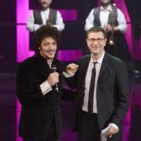 """Foto Nicoloro G. 24/02/2013 Milano Trasmissione televisiva su Rai3 """" Che tempo che fa """" condotta da Fabio Fazio. nella foto Max Gazzé –  Fabio Fazio"""