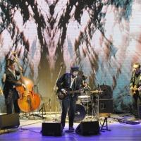 """Foto Nicoloro G. 24/09/2011 Milano Trasmissione televisiva su Rai3 """" Che tempo che fa """" condotta da Fabio Fazio. nella foto Vinicio Capossela e la sua band"""