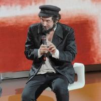 """Foto Nicoloro G. 24/09/2011 Milano Trasmissione televisiva su Rai3 """" Che tempo che fa """" condotta da Fabio Fazio. nella foto Vinicio Capossela"""