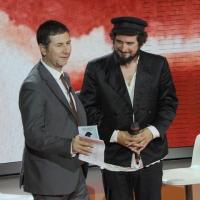 """Foto Nicoloro G. 24/09/2011 Milano Trasmissione televisiva su Rai3 """" Che tempo che fa """" condotta da Fabio Fazio. nella foto Fabio Fazio – Vinicio Capossela"""
