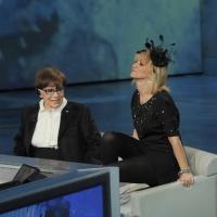 """Foto Nicoloro G. 24/12/2011 Milano Trasmissione televisiva su Rai3 """" Che tempo che fa """" condotta da Fabio Fazio. nella foto Franca Valeri – Luciana Littizzetto"""