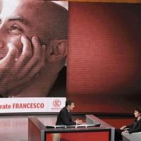 """Foto Nicoloro G. 25/09/2011 Milano Trasmissione televisiva su Rai3 """" Che tempo che fa """" condotta da Fabio Fazio. nella foto Fabio Fazio – Cecilia Strada"""