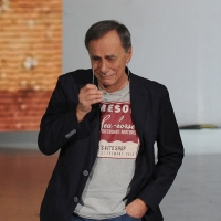 """Foto Nicoloro G. 03/03/2012 Milano Trasmissione televisiva su Rai3 """" Che tempo che fa """" condotta da Fabio Fazio. nella foto Roberto Vecchioni"""