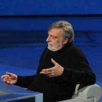 """Foto Nicoloro G. 17/12/2011 Milano Trasmissione televisiva su Rai3 """" Che tempo che fa """" condotta da Fabio Fazio. nella foto Gino Strada"""