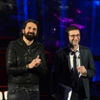 """Foto Nicoloro G.  01/02/2014  Milano    Trasmissione televisiva su Rai3 """" Che tempo che fa """". nella foto Fabio Fazio con il musicista Omar Pedrini."""