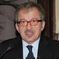 Foto Nicoloro G. 08/04/2011 Milano Vertice in Prefettura tra i ministri degli esteri d' Italia e di Francia sul problema dell' immigrazione. nella foto Roberto Maroni, Ministro degli Esteri italiano