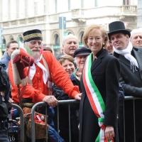 Foto Nicoloro G. 20/03/2011 Milano Visita del Capo dello Stato a Milano per partecipare alla celebrazione di Carlo Cattaneo e visitare il Museo del Palazzo reale. nella foto Letizia Moratti e un figurante in costume d'epoca