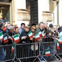 Foto Nicoloro G. 20/03/2011 Milano Visita del Capo dello Stato a Milano per partecipare alla celebrazione di Carlo Cattaneo e visitare il Museo del Palazzo reale. nella foto Folla in attesa del presidente