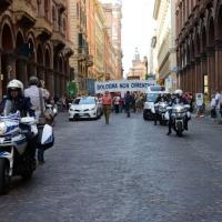 Foto Nicoloro G.  02/08/2014  Bologna    34esimo anniversario della strage alla stazione di Bologna. nella foto la staffetta dei vigili in moto.