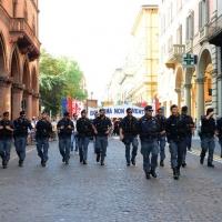 Foto Nicoloro G.  02/08/2015   Bologna   Trentacinquesimo anniversario della strage alla stazione di Bologna. nella foto il cordone della  polizia alla testa del corteo.